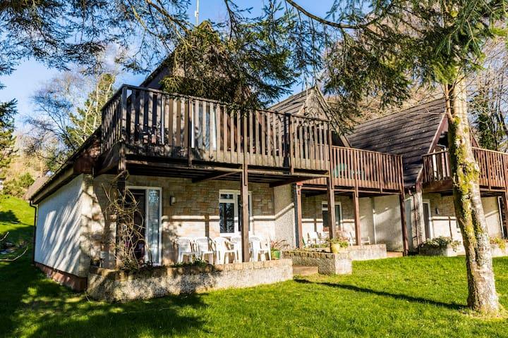 3 bedroom modern cornwall countryside lodges