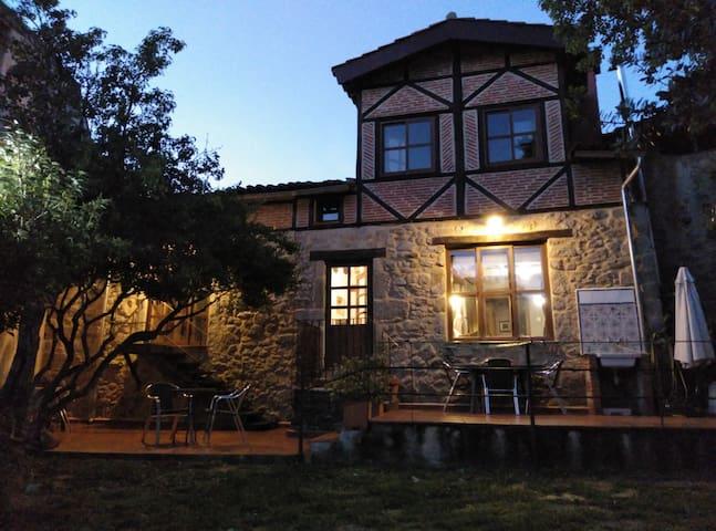 San Esteban de la Sierra的民宿