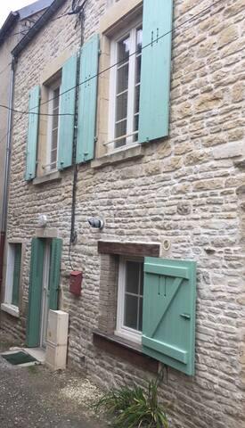 Ancy-le-Franc的民宿
