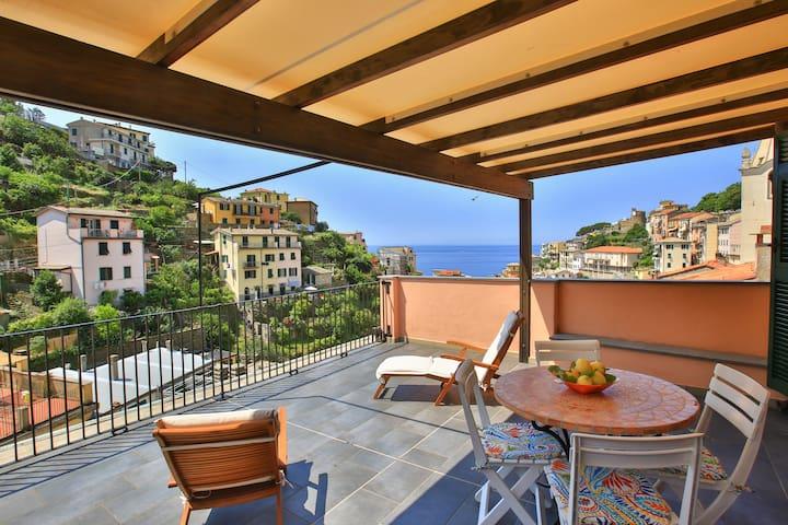 Casa del vicolo da Giulia.Terrazza vista mare.