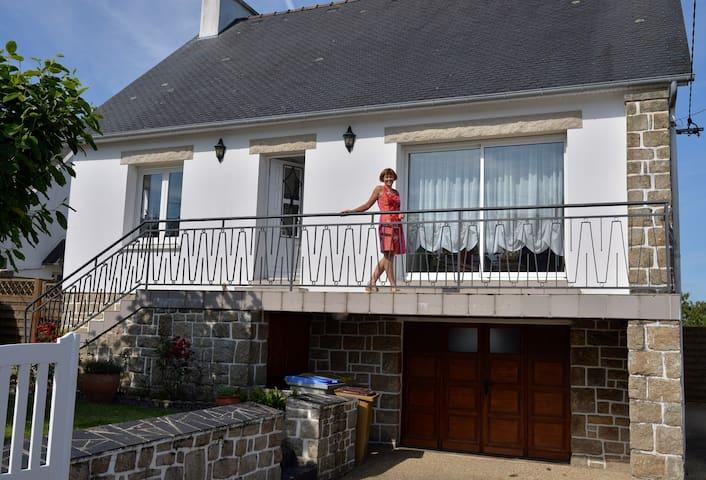 Plestin-les-Grèves的民宿