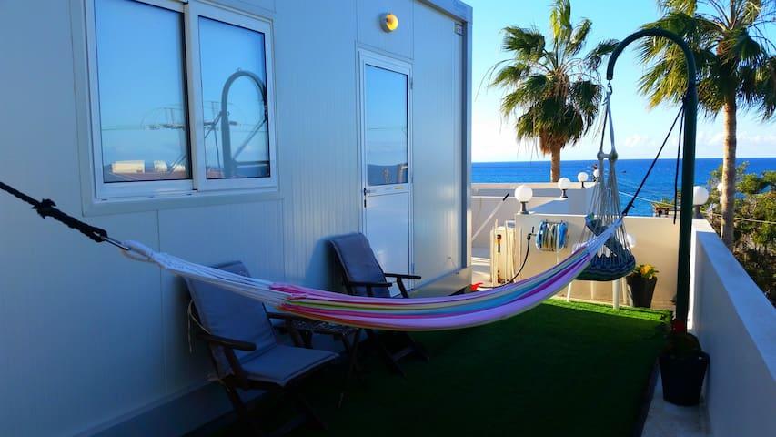 Agia Marina的民宿