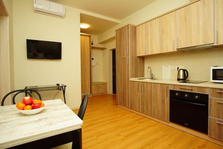 23d floor sky apartments