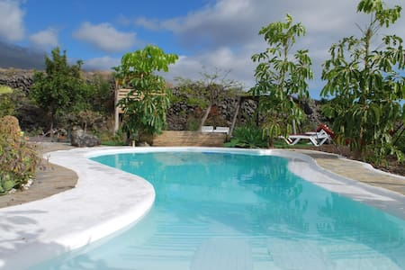 Seaview chalet in tropical garden & natural pool