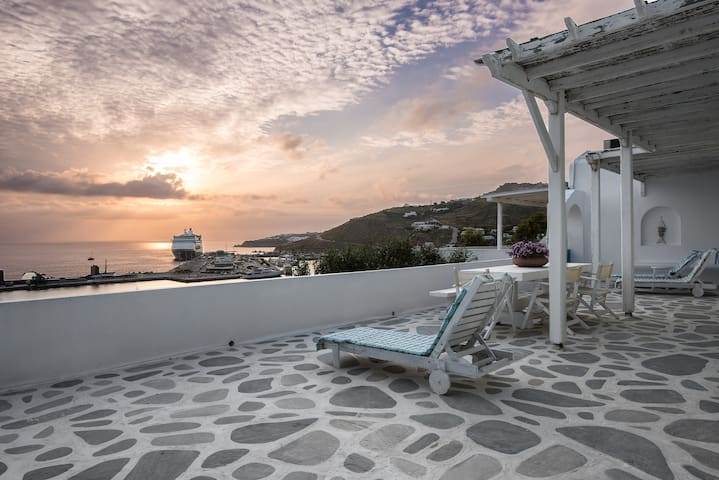 Yoga Studio-New Port of Mykonos