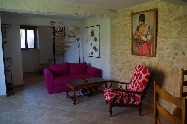 Puylaurens的民宿