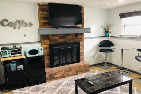 Sauna, Custom Shower & Laundry - Private Suite