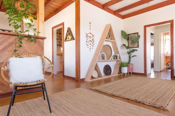 Casa Indian Cove - Desert Tropical Home