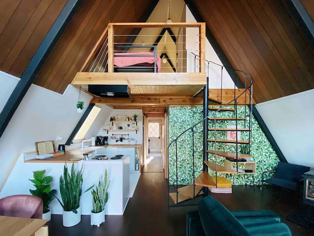 ⚡️Lost Haus / A-frame Cabin / Safe + Secluded⚡️