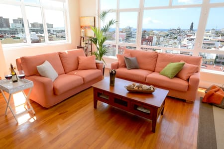 GREAT PENTHOUSE IN HISTORIC QUARTER WITH SEA VIEWS