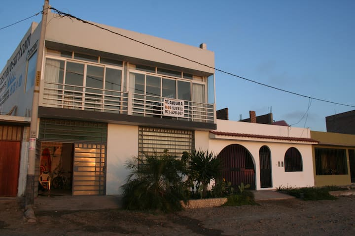 Pacasmayo District的民宿