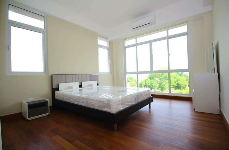 Yangon的民宿