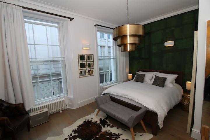 Covent Garden London Apartment - Interior Designer