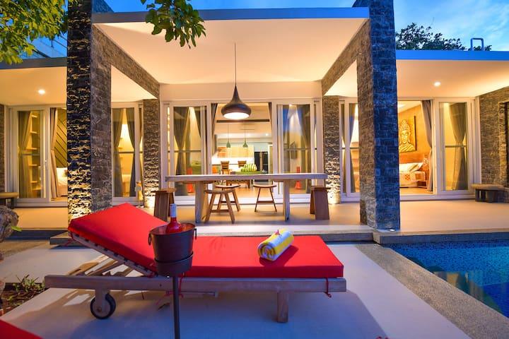 Luxury Villa Onyx Boracay