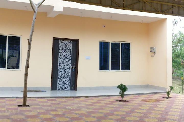 Nirmalajhara的民宿