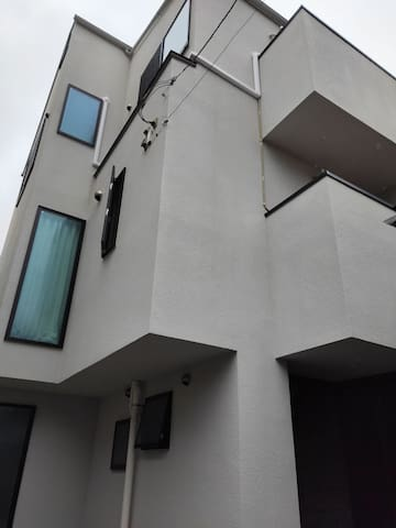 BIG NEW  HOUSE /FREE WIFI