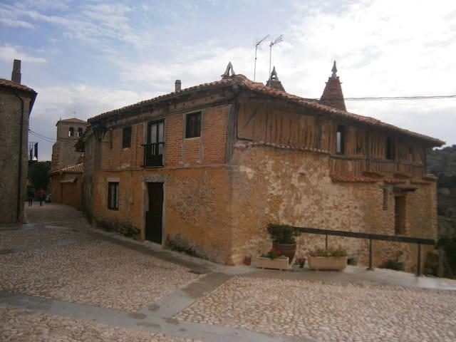 Calatañazor的民宿
