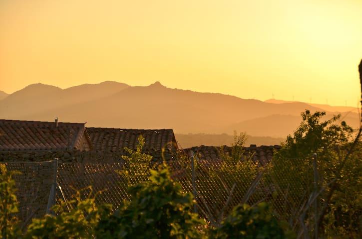 La Horcajada, Ávila的民宿