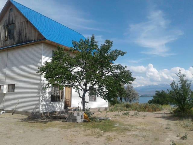 Kara-Bulun的民宿