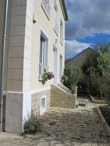 Fontenay-Trésigny的民宿