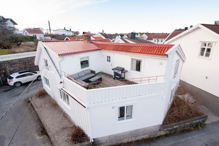 Grimstad的民宿