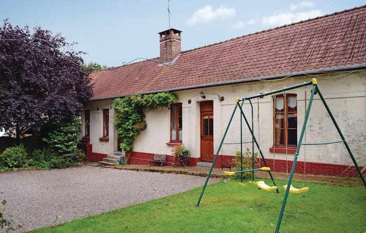 Semi-Detached with 2 bedrooms on 80 m² in Caumont