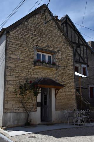 Argentenay的民宿