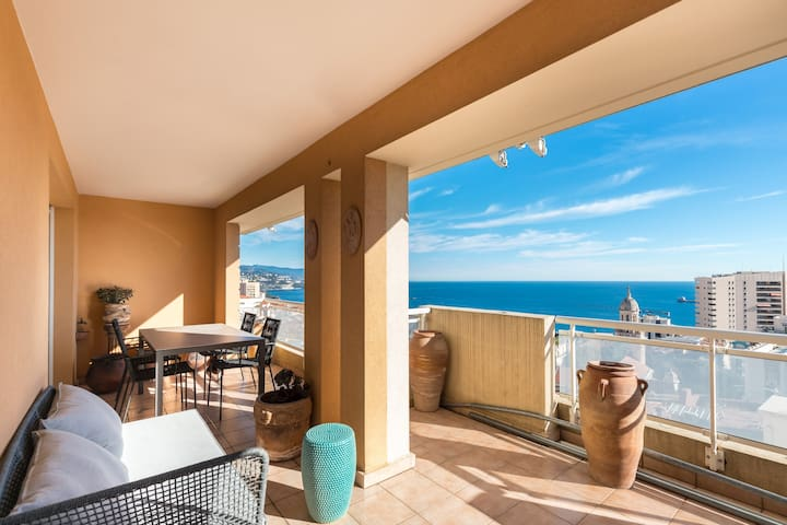 Penthouse seaview Monaco 5 min walk to Casinò