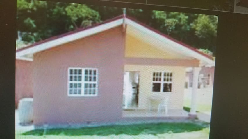 DAWN'S B&B HILLS OF BOSCOBEL  ST. MARY JAMAICA