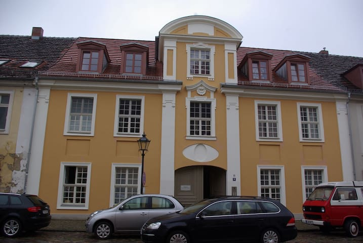 Lovely appartment in historic Potsdam City center