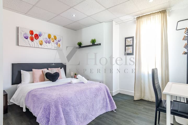 Great double room 10 min from the airport/Ifema 8O