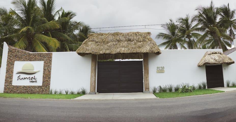 Playa Linda的民宿