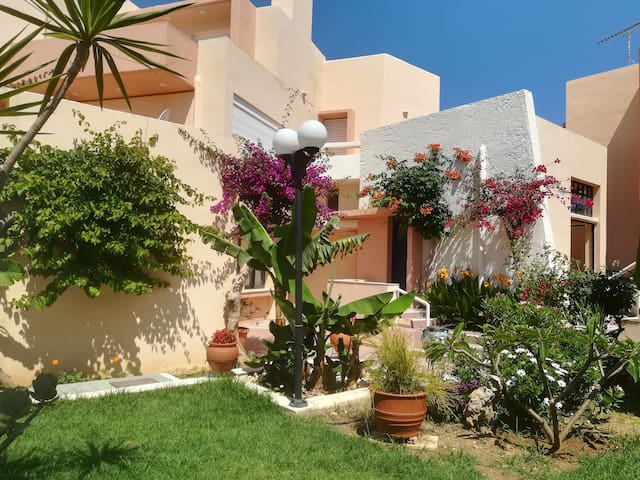 Holiday Apartment 5 minutes from Sandy Beach