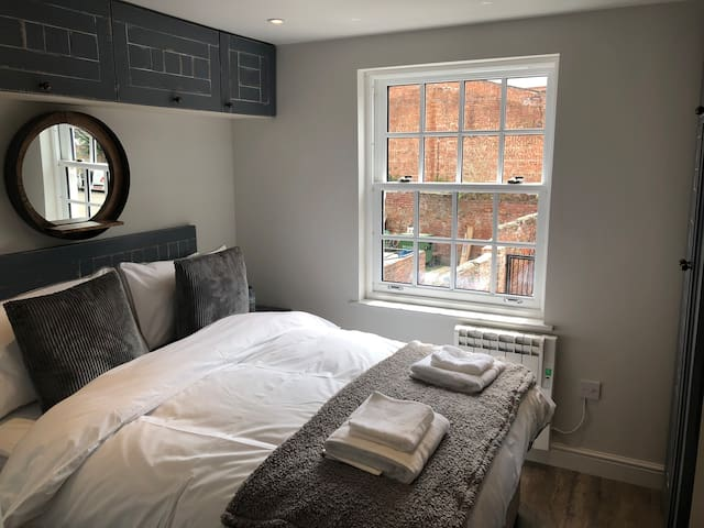The Lodgings - Free Parking, Central Beverley