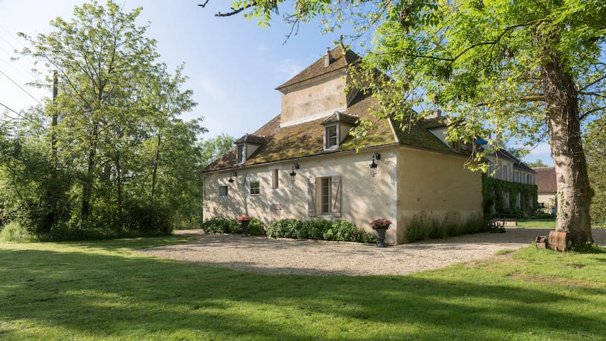 Bourgogne Franche-Comté的民宿