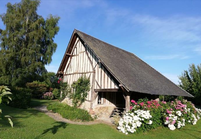 Le Mesnil-sur-Blangy的民宿