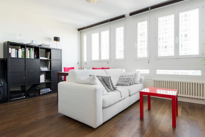 A bedroom in a beautiful 2-bedroom apartment