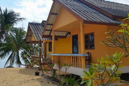 The Sand Terrace Resort - Beachfront Fan Bungalow