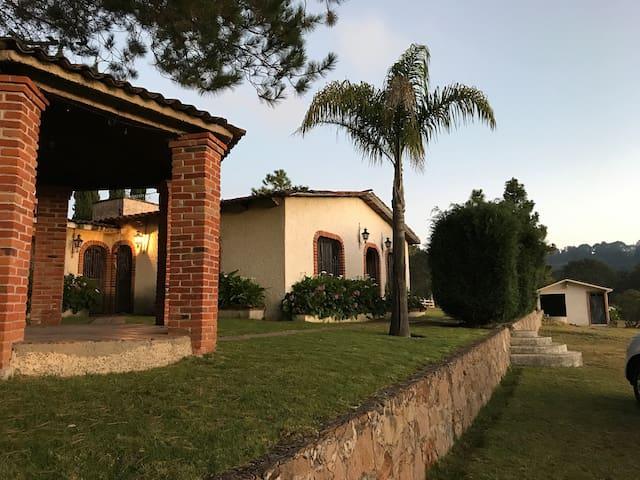 Amealco de Bonfil的民宿