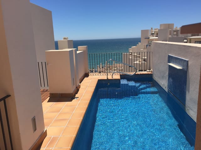 Penthouse, private pool, ocean view