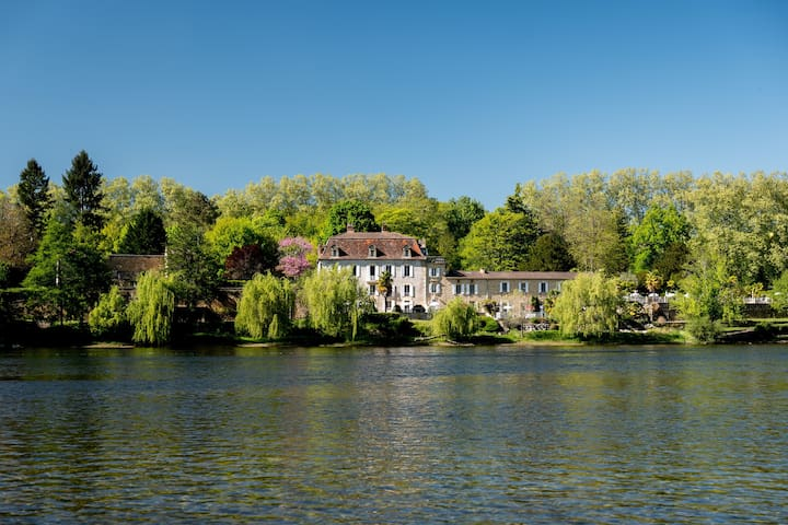 Holiday home Bergerac on the Dordogne river.
