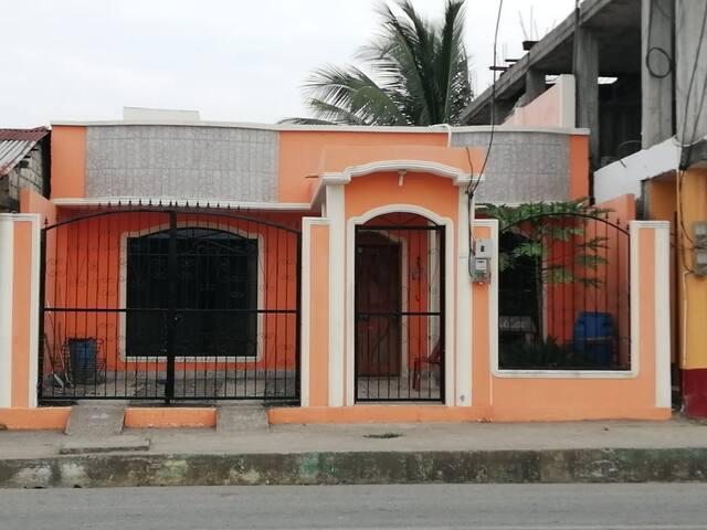 Esmeraldas的民宿