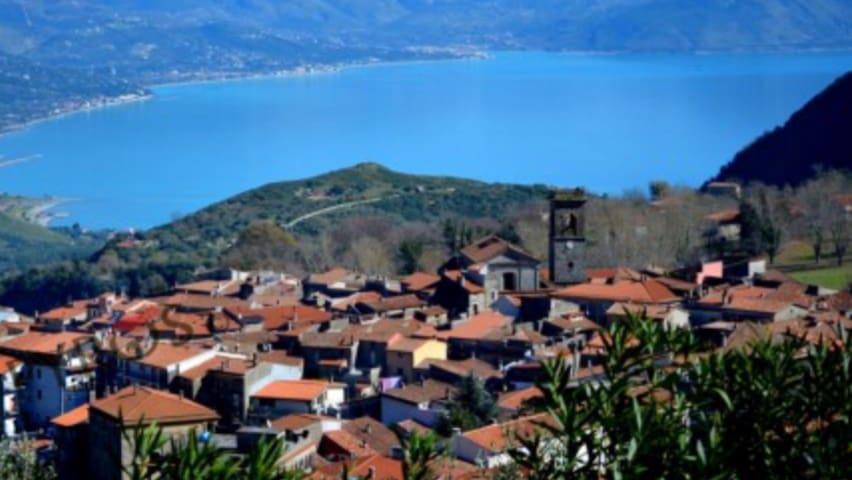 San Giovanni a Piro的民宿