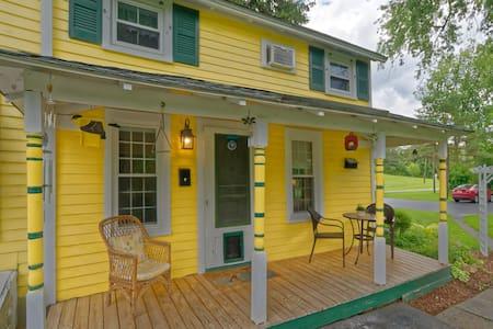 Vly Creek Farm Apartment