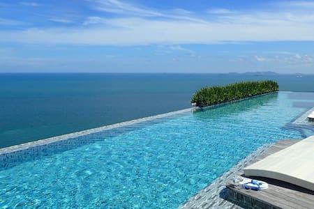 Private beach, stunning pool, tranquil Pattaya