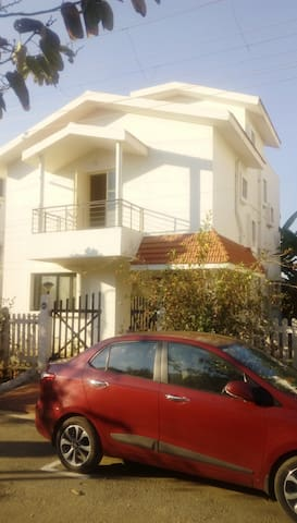 Hosur的民宿