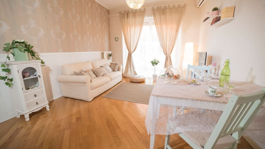 Cozy home in Rome city center