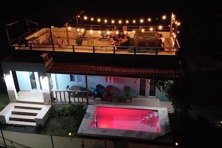 House VillaCecilia. Sea view. Private Pool