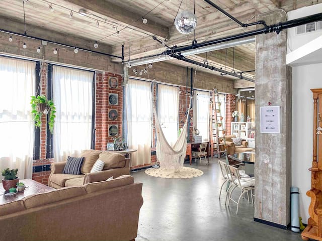 One of a kind Industrial Loft in Downtown