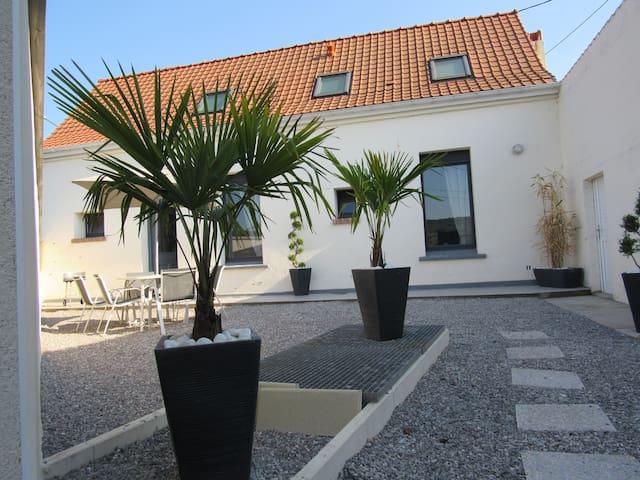 Bonningues-lès-Ardres的民宿
